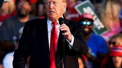 Trump viaja a la frontera entre EEUU y México para lanzar nuevos ataques a políticas de Biden