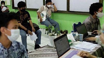 Indonesia adoptará medidas de emergencia tras el aumento de casos de COVID-19
