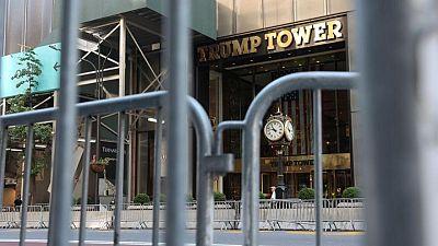 Fiscales de Manhattan presentan cargos penales contra la compañía de Trump