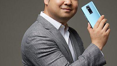 Phantom x flagship smartphone illustrates l'impact d'un design audacieux et extraordinaire à travers une série de mini-films