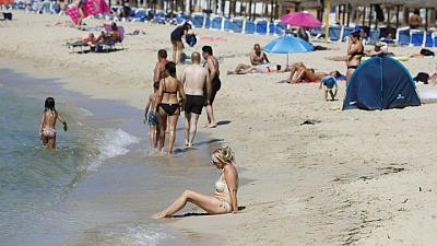 Magaluf wrestles with uncertainty despite welcome return of Britons