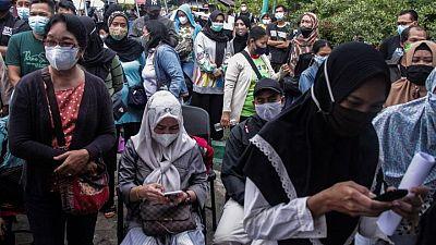 إندونيسيا تعزز الإنفاق على الرعاية الاجتماعية والصحية مع زيادة إصابات كورونا