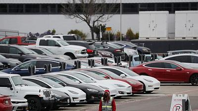 Tesla delivers record 201,250 vehicles in Q2, beats analysts' estimates