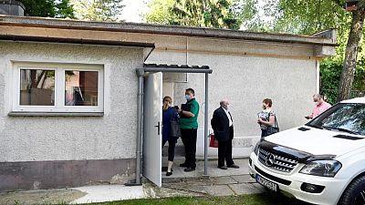 Eslovaquia lanzará lotería y ofrecerá bonificaciones para aumentar la vacunación contra COVID-19