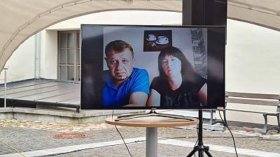 Detained Belarus dissident's girlfriend graduates in absentia