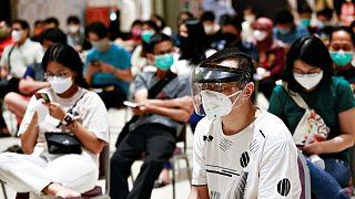 إندونيسيا تسجل إصابات يومية قياسية بفيروس كورونا