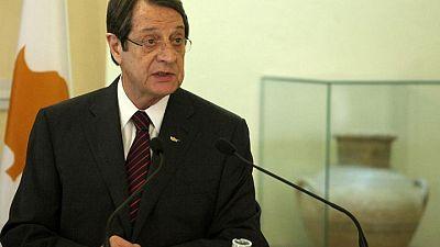 قبرص تسعى للحصول على مساعدة من الاتحاد الأوروبي وإسرائيل لمواجهة حريق غابات ضخم