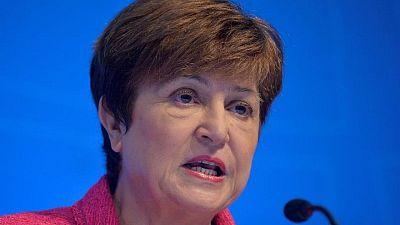 """Jefa del FMI advierte de """"peligrosa divergencia"""" en recuperación del COVID"""