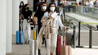 إسبانيا تسجل أكثر من 26 ألف إصابة جديدة بكورونا وعودة القيود الصحيّة تدريجا على وقع موجة خامسة
