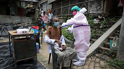 الهند تسجل 34703 إصابات جديدة بكورونا و553 وفاة