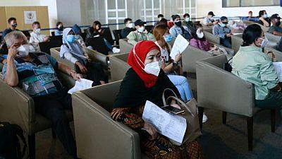 إندونيسيا تجهز منشآت إضافية تحسبا لتدهور الوضع الصحي بسبب كورونا
