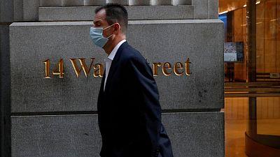 S&P 500 abre en máximo récord por impulso sector tecnológico