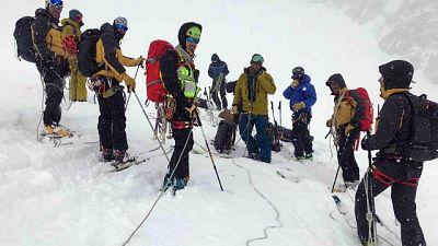 Operazione del Soccorso alpino valdostano e guardia di finanza