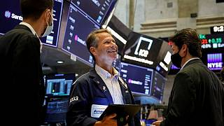 Stocks recover poise ahead of Fed minutes