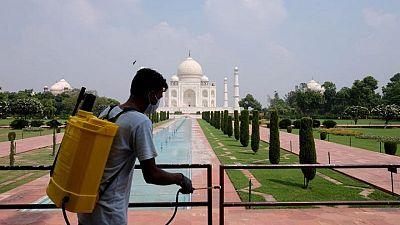 الهند تسجل 43733 إصابة جديدة بكورونا و930 وفاة