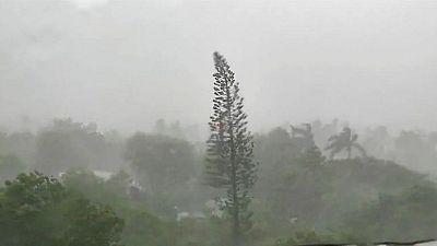 العاصفة إلسا تضعف وتتجه صوب ساحل خليج فلوريدا