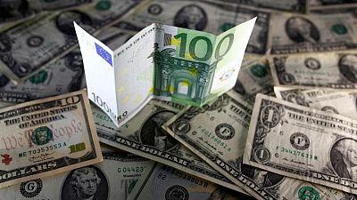 اليورو قرب قاع 3 أشهر بعد بيانات ألمانية والدولار يترقب الاتحادي