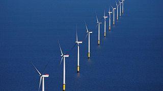Orsted pone a la venta el parque eólico Hornsea Two -fuentes