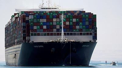 التلفزيون المصري: هيئة قناة السويس توقع اتفاقا لتسوية أزمة السفينة إيفر جيفن