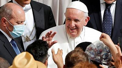 Tests negative on recuperating pope after fever, Vatican says