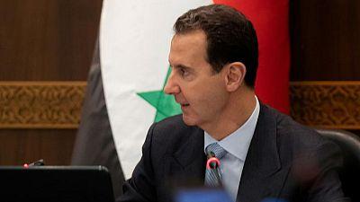 المساعدات الإنسانية تتحول إلى جبهة في الصراع السوري.. نازحون خائفون من عودة مصيرهم لقبضة الأسد