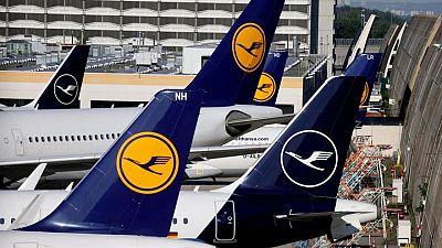 Lufthansa raises $1.2 billion in corporate bond sale