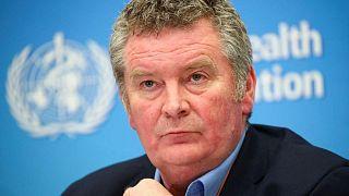 """منظمة الصحة تحث الدول على """"عدم إضاعة المكاسب"""" برفع قيود كورونا قبل الأوان"""