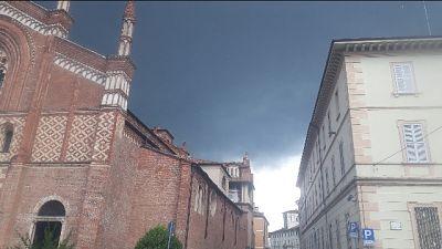 Grandinata in alcune zone della Lomellina, e a Milano