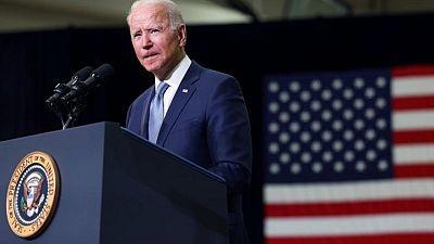 Biden se reúne con grupos de derechos civiles de EEUU para luchar contra limitaciones al voto