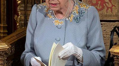 إتاحة التنزه في حدائق مقر إقامة الملكة إليزابيث