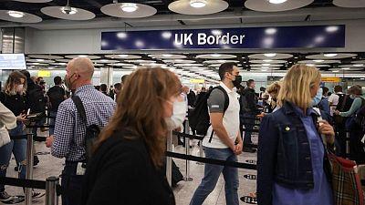 Reino Unido suprimirá la cuarentena para las llegadas de no residentes