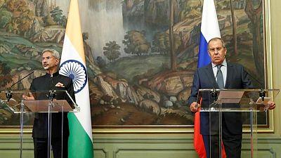وزير خارجية الهند يحث على الحد من العنف في أفغانستان