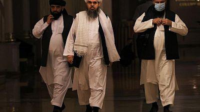 Los talibanes se apoderan de más territorio y dicen controlar gran parte de Afganistán