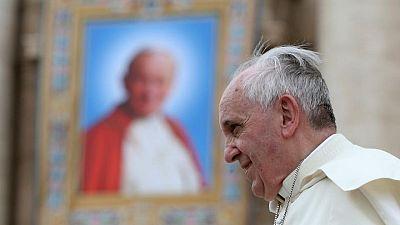 La recuperación del Papa continúa con normalidad, pero leerá la oración del domingo desde el hospital