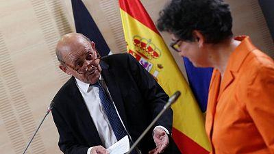 Los franceses que quieran viajar a España o Portugal deben vacunarse primero -ministro