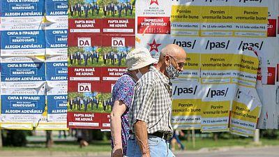 الناخبون في مولدوفا يختارون برلمانا جديدا وسط مخاوف بشأن الفساد والإصلاحات المتعثرة