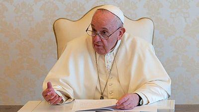 الفاتيكان: البابا فرنسيس سيظل في المستشفى لبضعة أيام أخرى