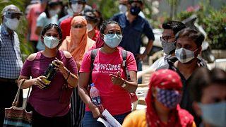 الهند تسجل 3998 وفاة بسبب كوفيد-19 في أعلى حصيلة يومية منذ شهر