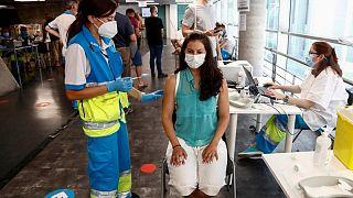 إصابات كورونا في إسبانيا تتجاوز 4 ملايين