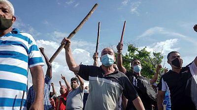 Un hombre muere en una protesta antigubernamental en Cuba: medios estatales