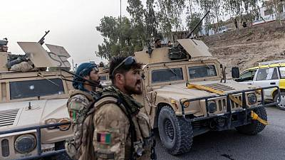 Taliban claims to control key Afghan border crossing with Pakistan