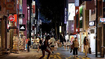 Corea del Sur extiende restricciones tras registrar nuevo aumento récord de casos diarios
