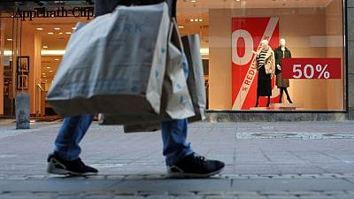 German retailers support face masks, fear new lockdown