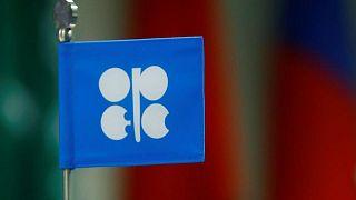 مصدر: السعودية والإمارات تتوصلان لحل وسط بشأن اتفاق إنتاج النفط