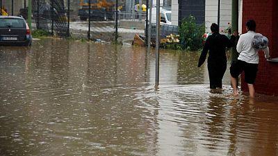 سقوط قتيل وإجلاء مئات السكان إثر فيضانات عارمة في ألمانيا