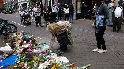 Periodista neerlandés De Vries muere días después de ser tiroteado