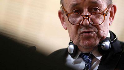 """وزير الخارجية الفرنسي: الإخفاق في تشكيل الحكومة اللبنانية """"حدث مروع"""""""