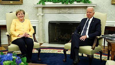 بايدن وميركل يتعهدان بتكوين جبهة مشتركة في مواجهة روسيا والصين