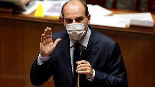رئيس وزراء فرنسا: دلتا هي سلالة كوفيد-19 السائدة في البلاد حاليا