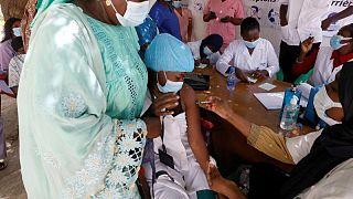 السنغال تسجل إصابات قياسية يومية بفيروس كورونا